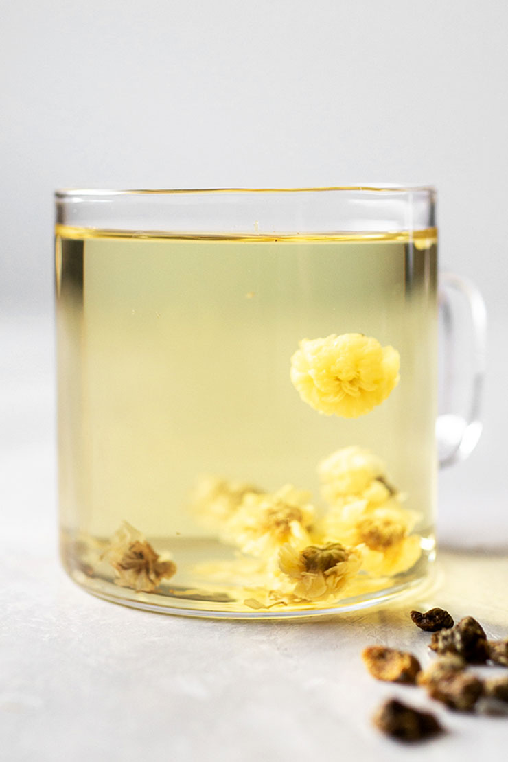 How to Make Chrysanthemum Tea Properly