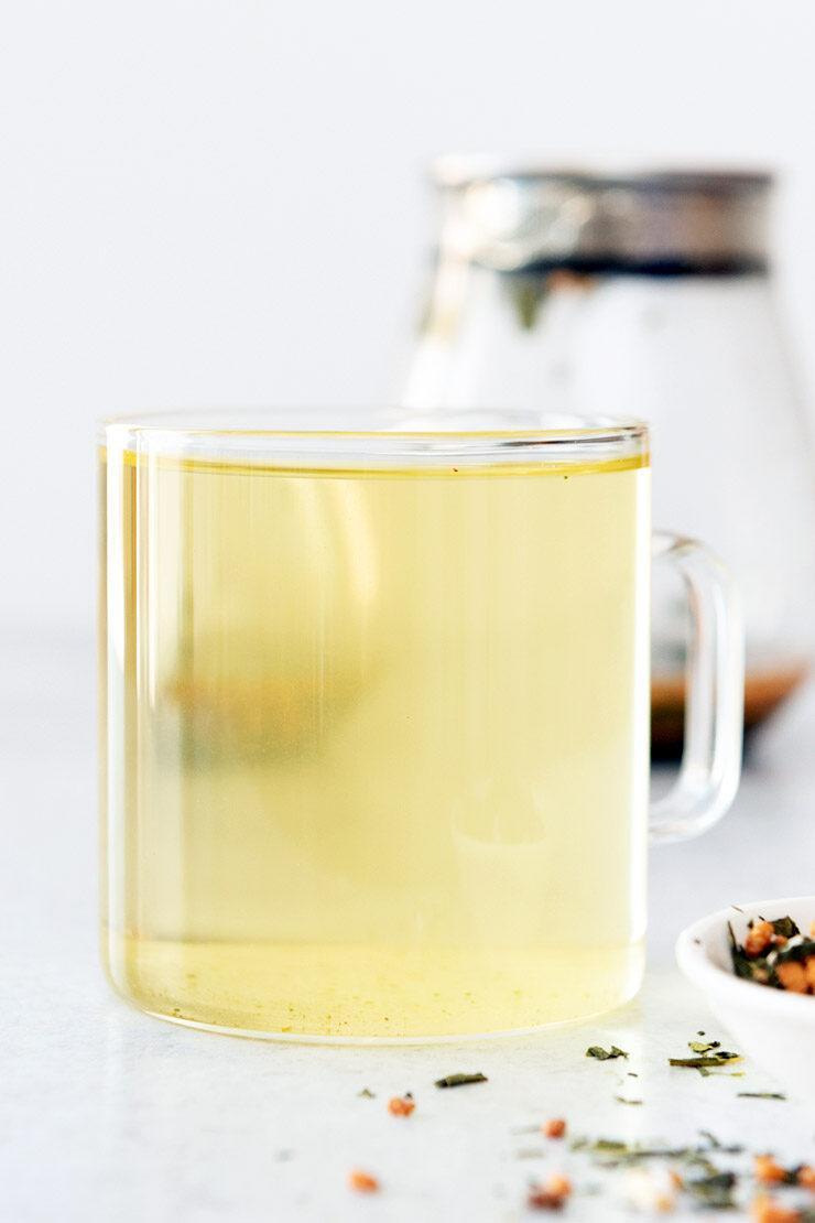 Hot genmaicha tea in mug