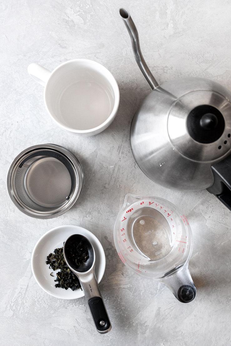 Hot tea tools.