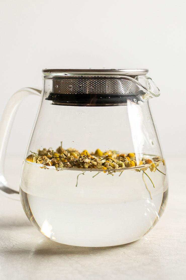 cold brew chamomile tea
