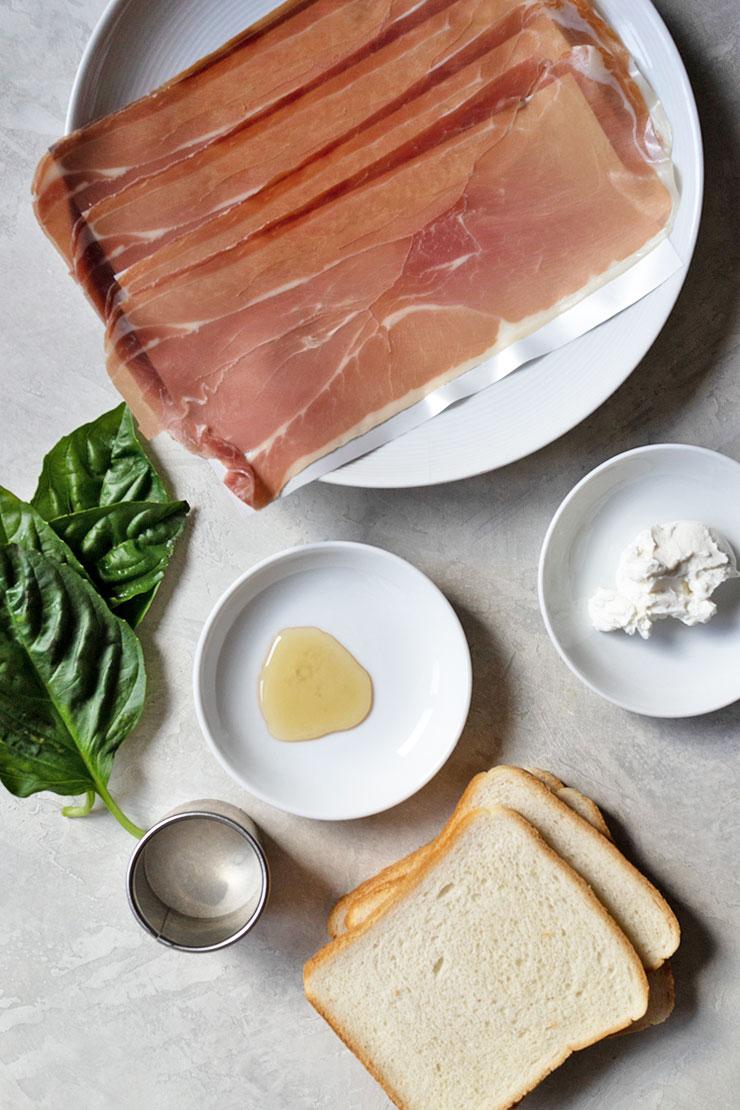 How to make a prosciutto sandwich