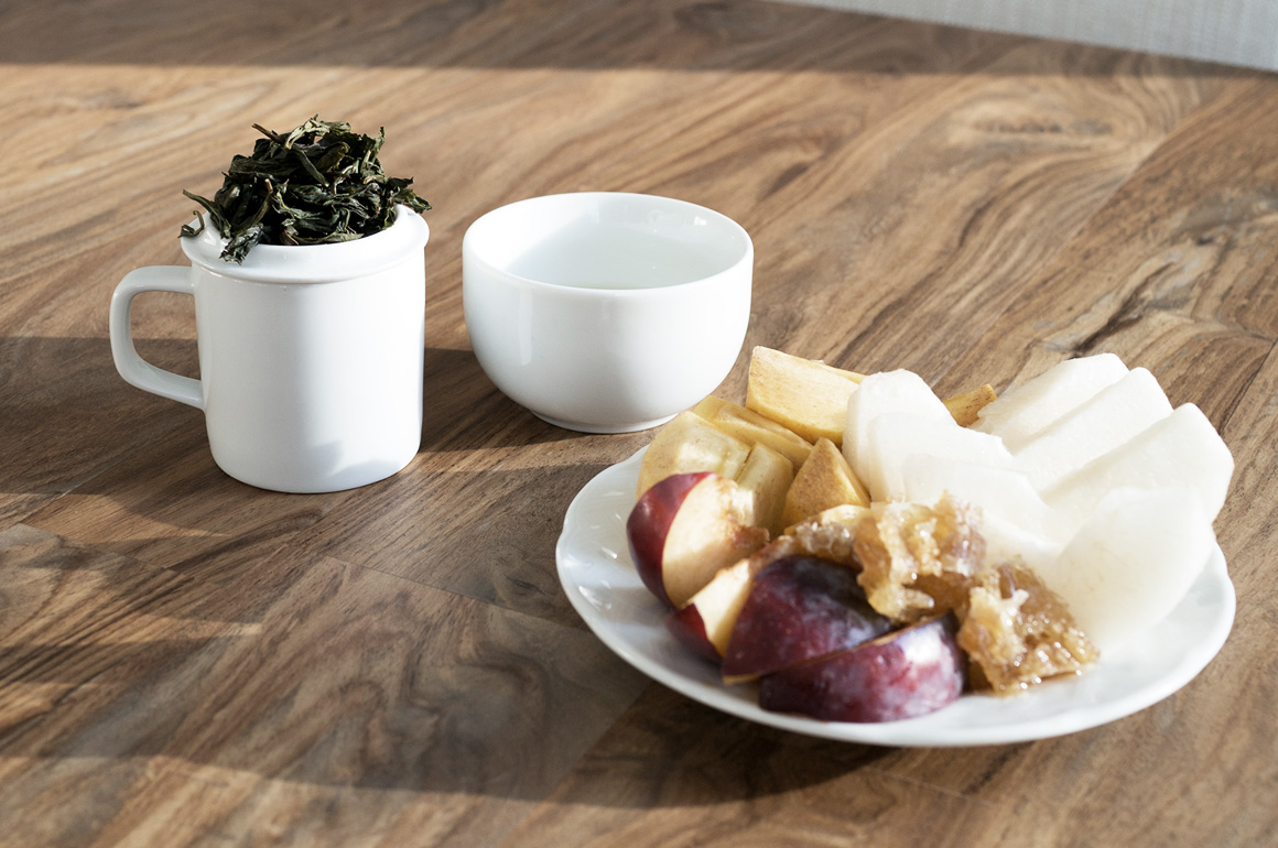 Tea Pairing 101 - Oolong and Fruit