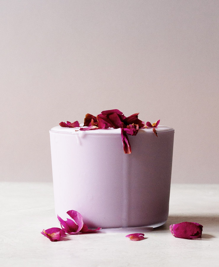 Iced rose tea