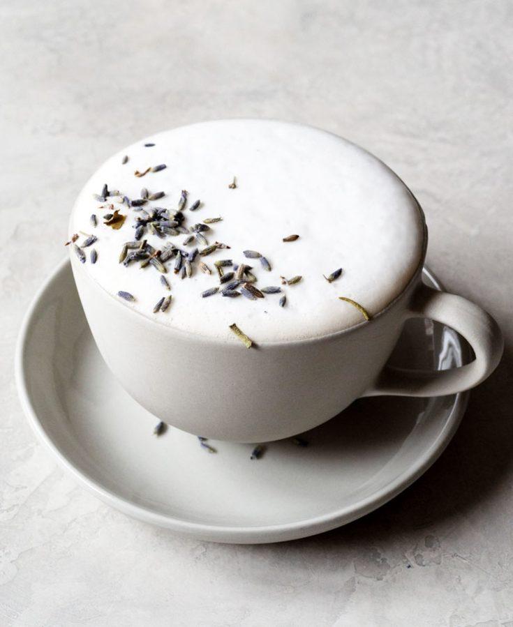 London Fog Drink (Earl Grey Tea Latte)