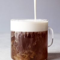 Hojicha Tea Latte with Vanilla Cream Froth