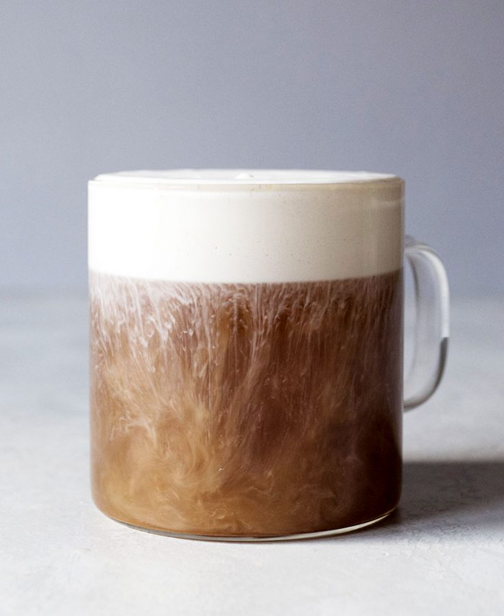 Hojicha Tea with Vanilla Cream Froth