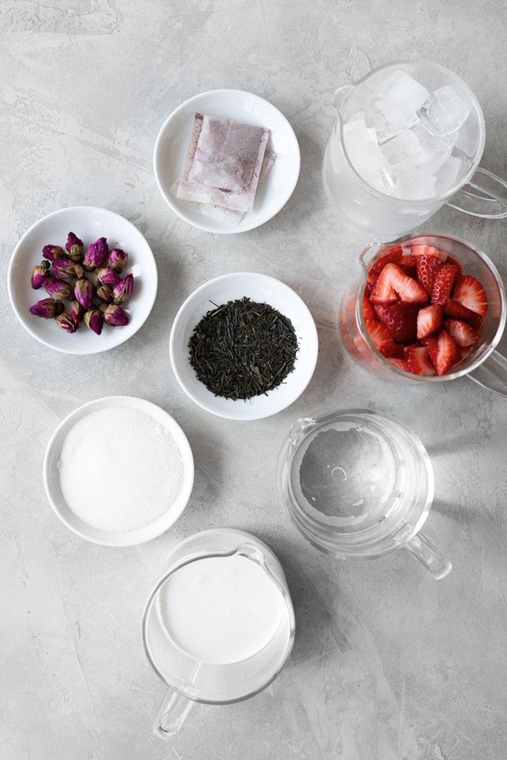 Frozen pink tea latte ingredients