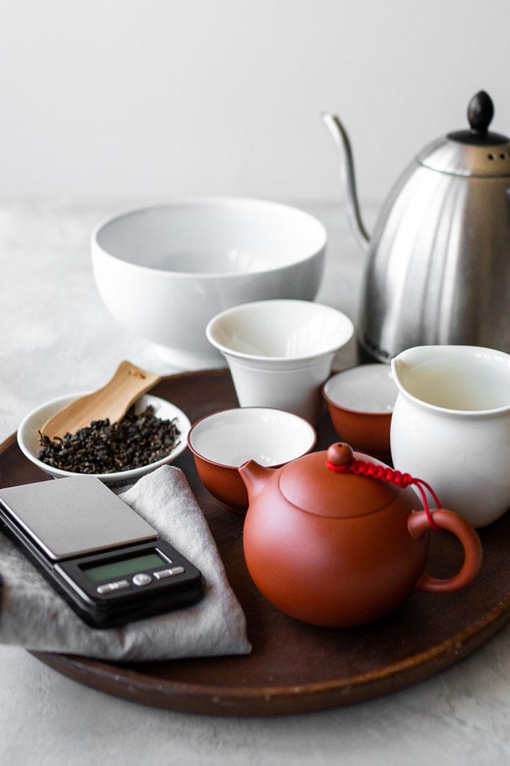 Tools and teaware to make oolong tea