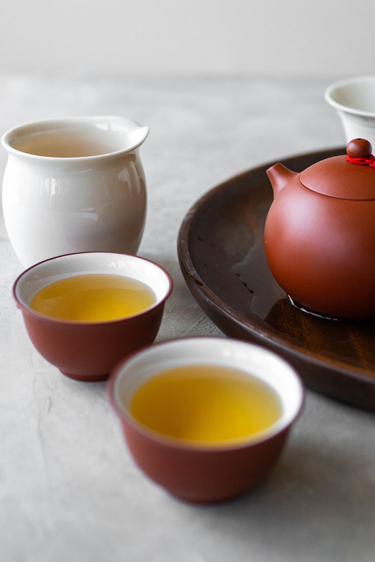 Oolong tea in teacups