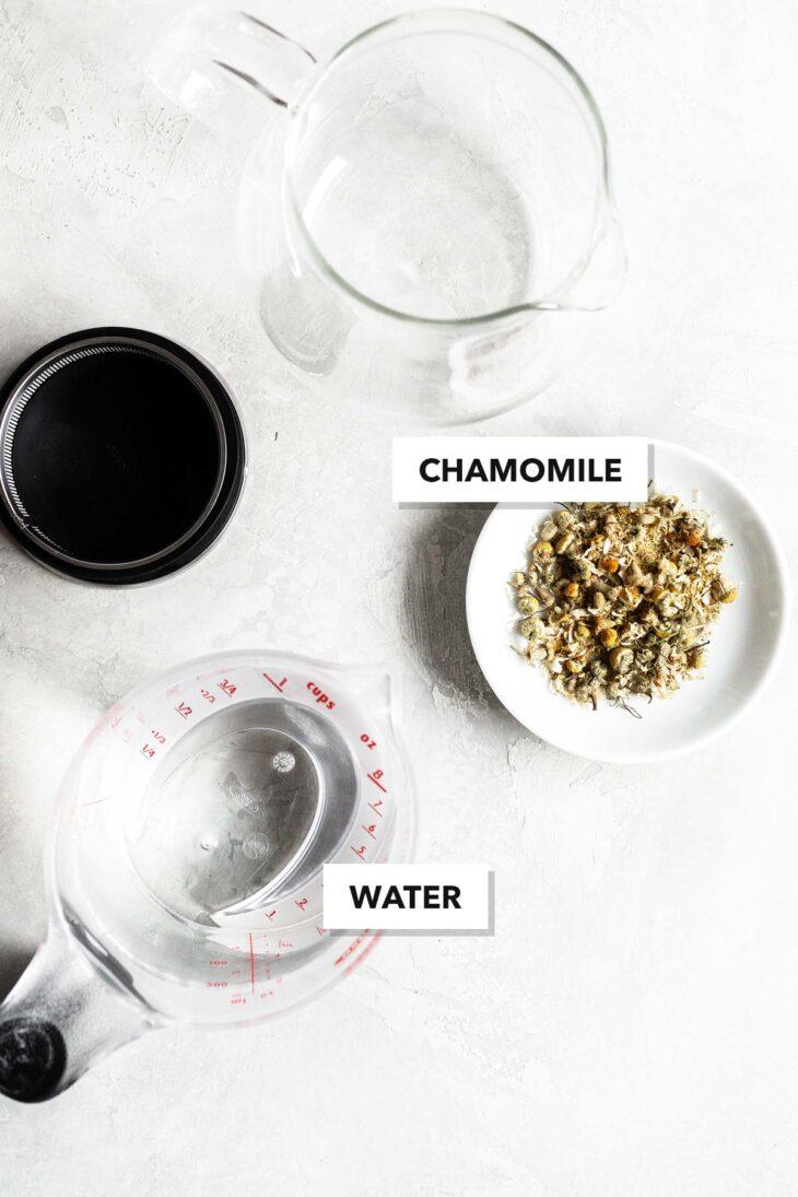 Chamomile tea ingredients.