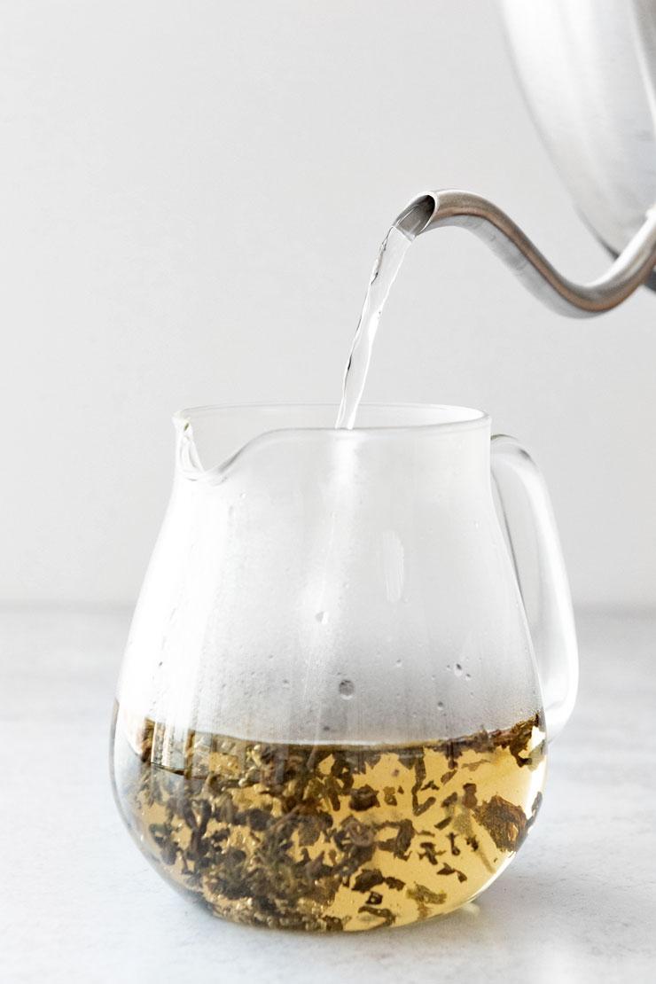 How to Make Hot Gunpowder Green Tea