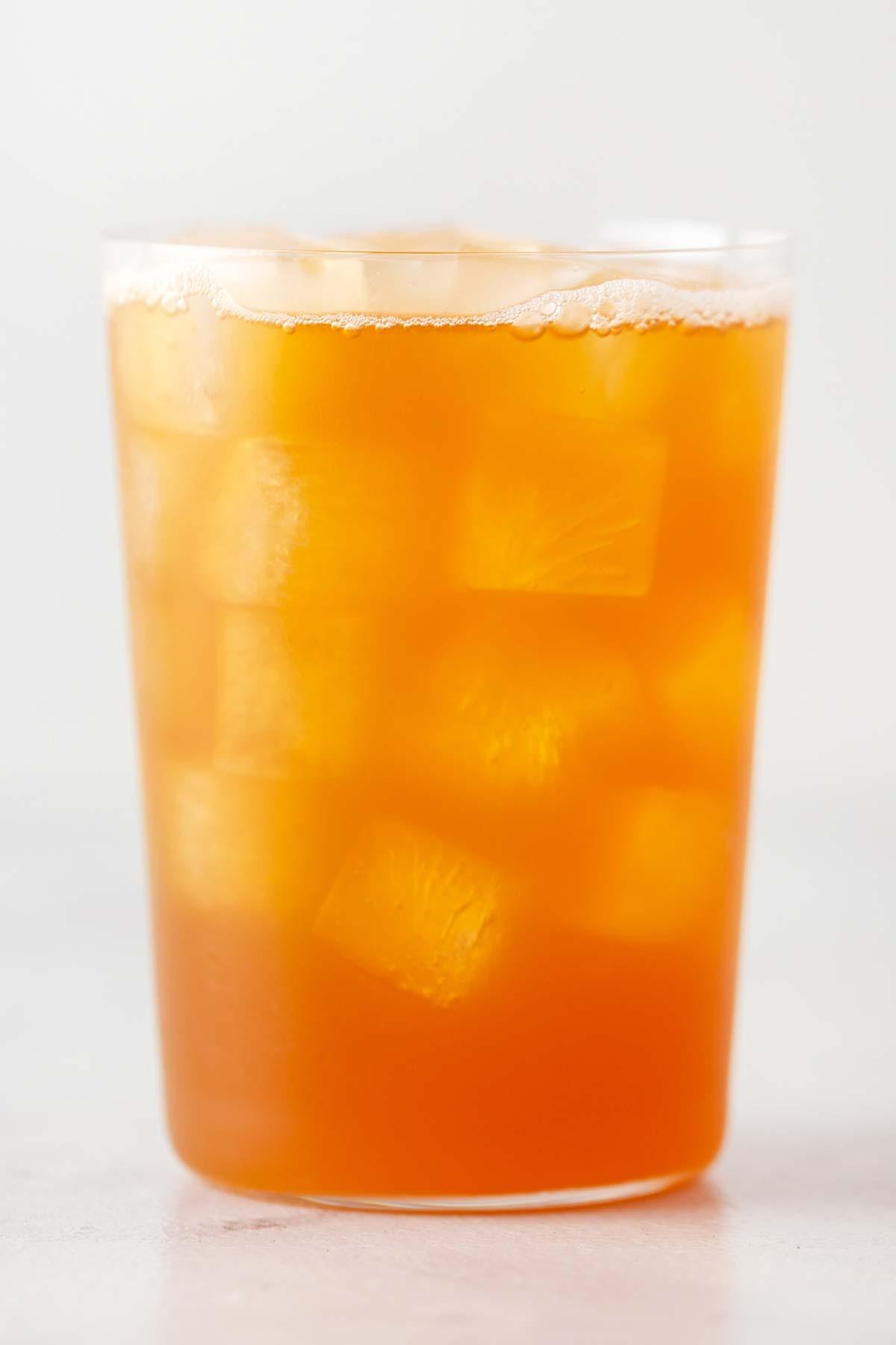 Iced black tea and lemonade recipe.